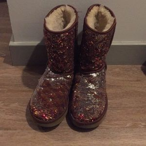 Woman's sequence Uggs